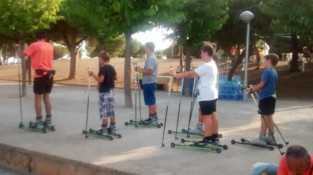 Clases de rollerski en la playa con Bonés Skiroll