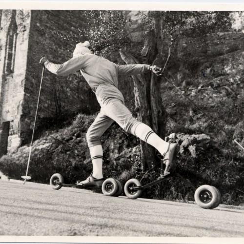 Un poco de historia del rollerski