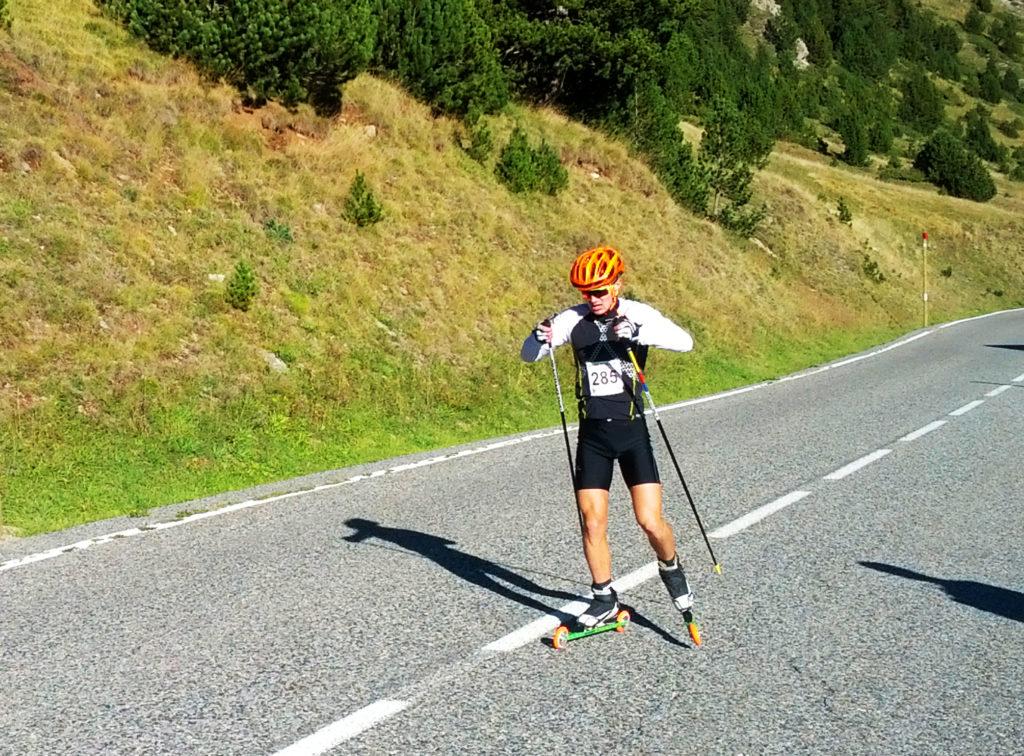 Rollerski en Catalunya Esqui amb rodes. Bonés Skiroll WorldRace