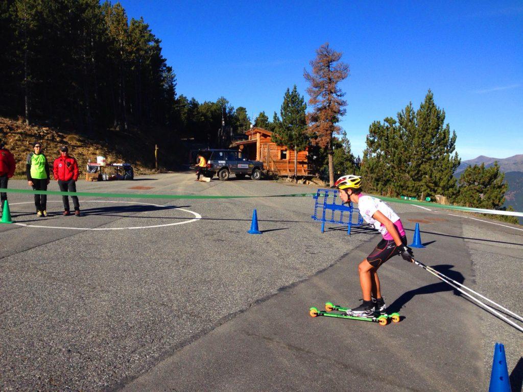 Rollerski en Catalunya Esqui amb rodes. Bonés Skiroll Mamut Racing